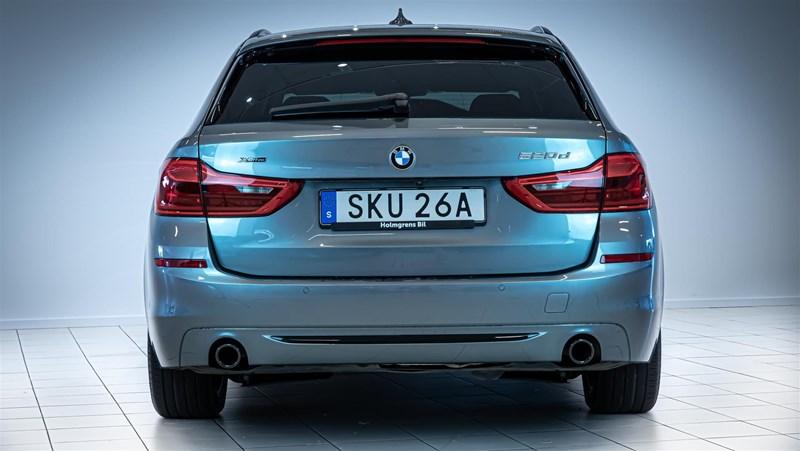 BMW 520d xDrive Touring Navi Värmare Driving Assistant Plus Drag_8