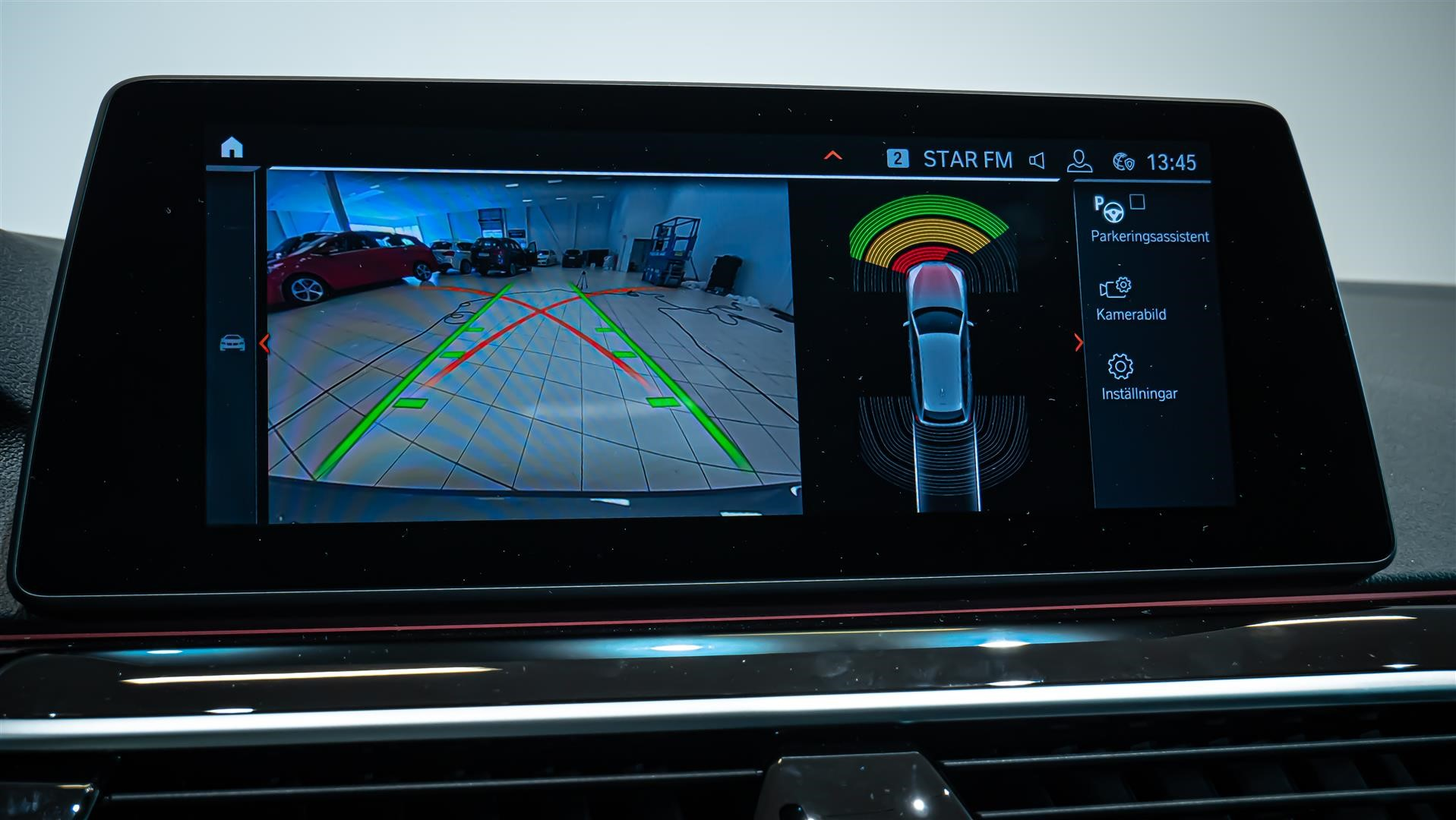 BMW 520d xDrive Touring Navi Värmare Driving Assistant Plus Drag_12
