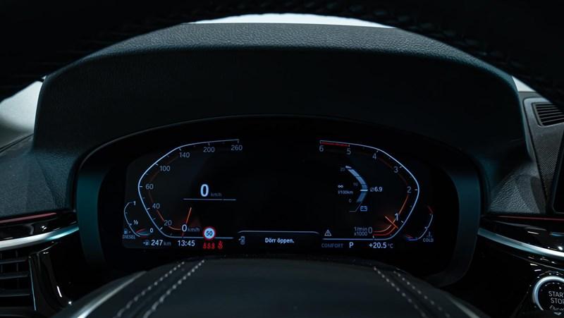 BMW 520d xDrive Touring Navi Värmare Driving Assistant Plus Drag_13